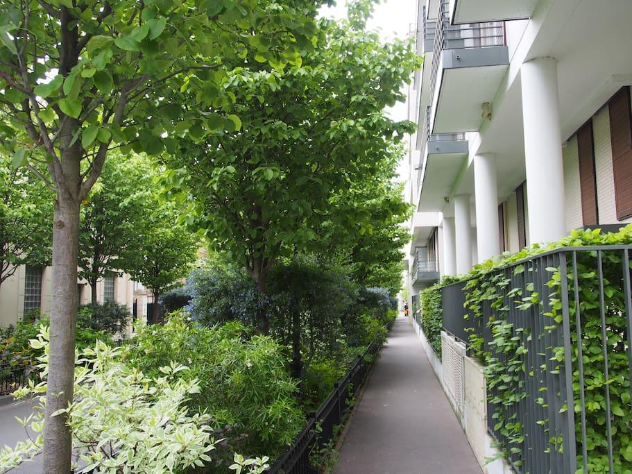 Trottoir rue du Cayla