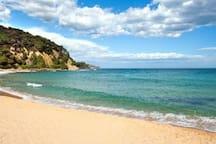 5 MIN. WALK TO THE BEACH AT THE COSTA BRAVA