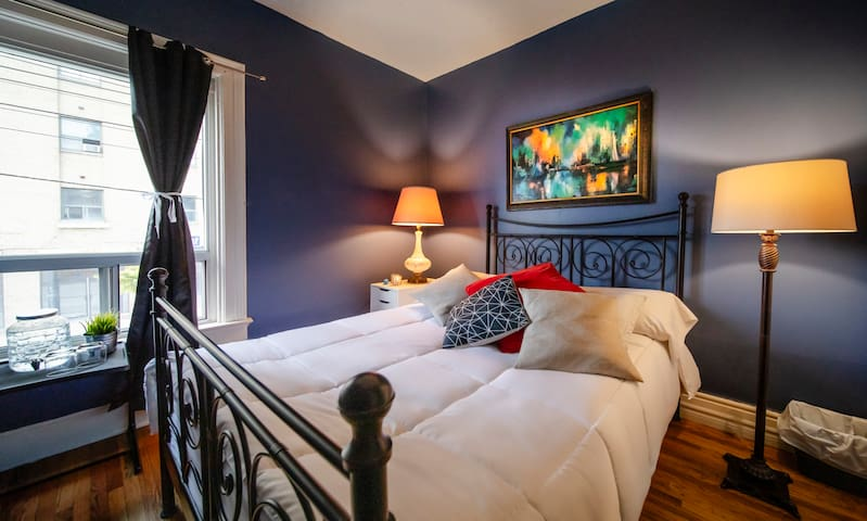 Your Cozy Suite in Downtown Toronto