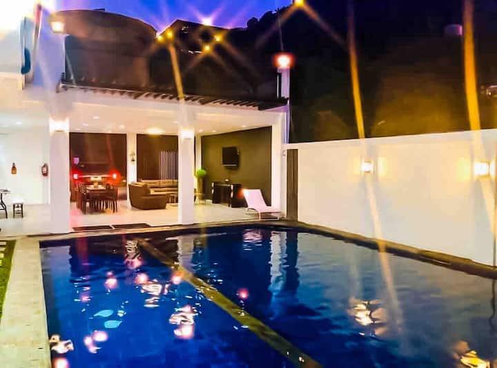 The Olivian Luxury Hot-springs Resort Laguna