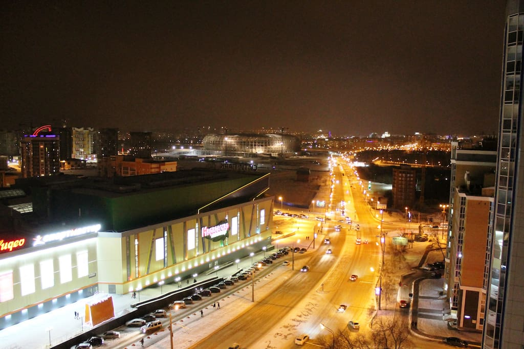 Вид из окна на стадион (View from the window of the stadium)