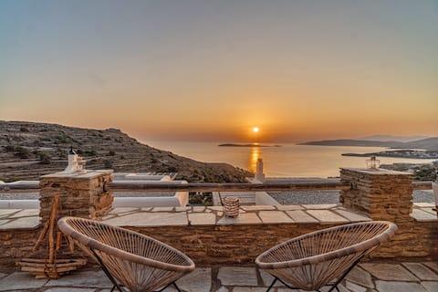 Sunset & Sea View Flat - 5 mins from Batsi Bay