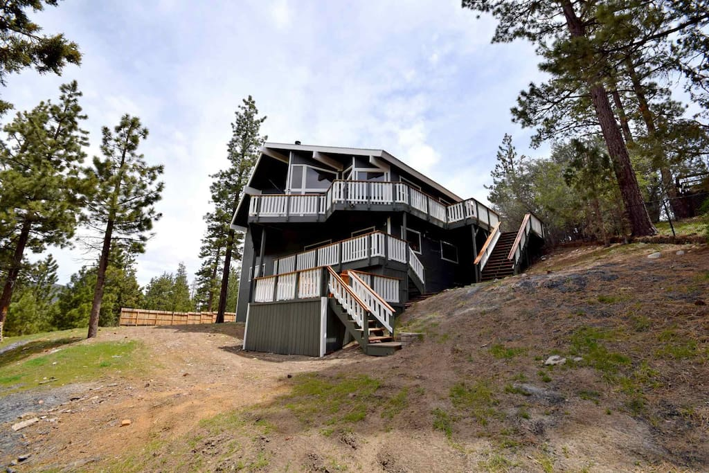 Highwood Acres Hot Tub Pool Table Large Yard Cabins For Rent In Big Bear California