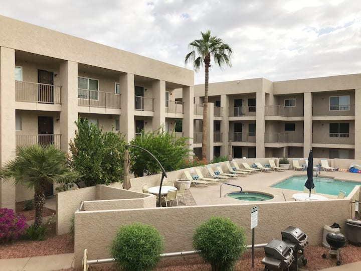 Best Location near Old Town Scottsdale, 2 Bedroom