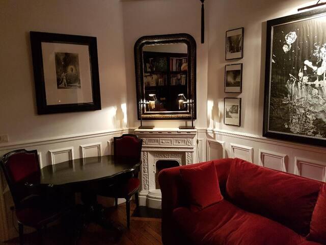 Appartement typique Parisien rétro