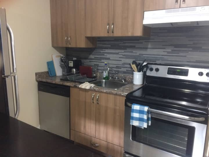 Beautifully furnished one bedroom / one bath suite