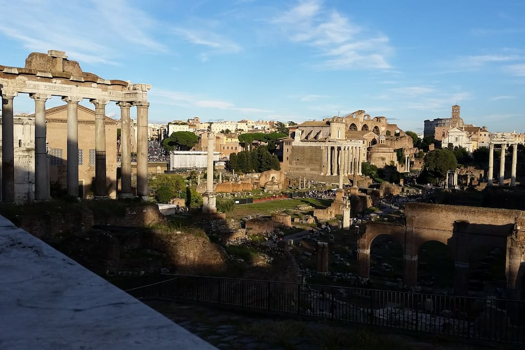 colosseum and archaeological area 300 meters walking from the apartment