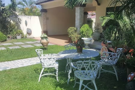 Nice, very comfortable room in great location! - San Pedro Sula - House