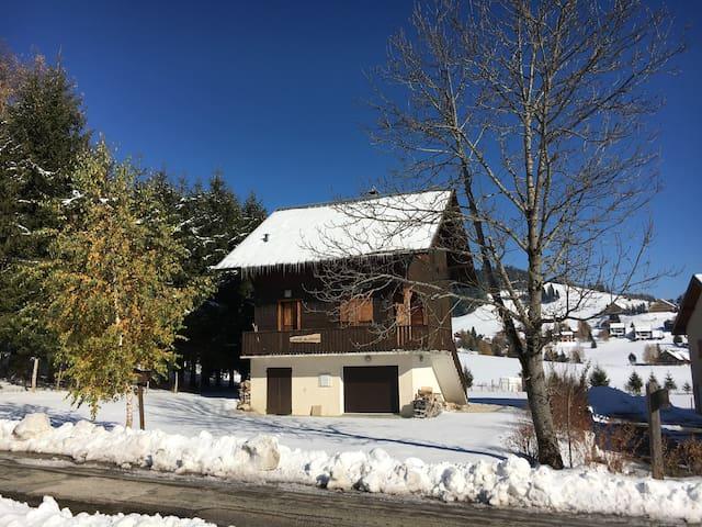 Chalet du Lauzet, 12 places