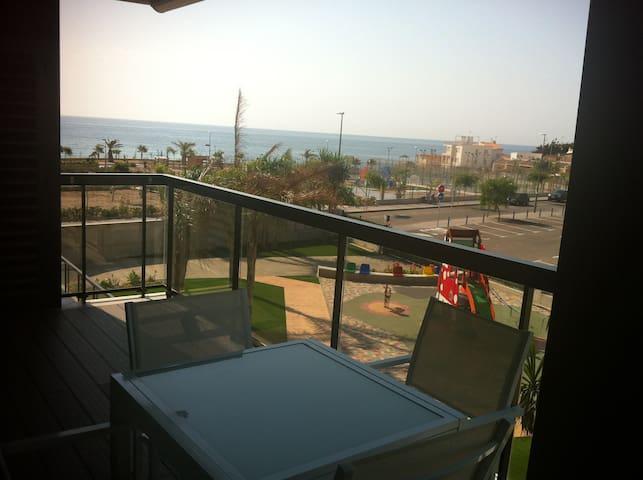 Apartamento nuevo en 1ª línea del mar - Pilar de la Horadada