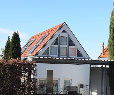 Sonnhalde*apartamento estudio * jardín pequeño *mejor ubicación