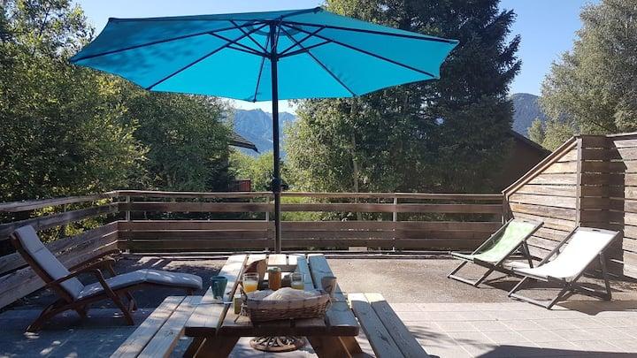 Grand T4 avec terrasse dans chalet Ax 3 Domaines