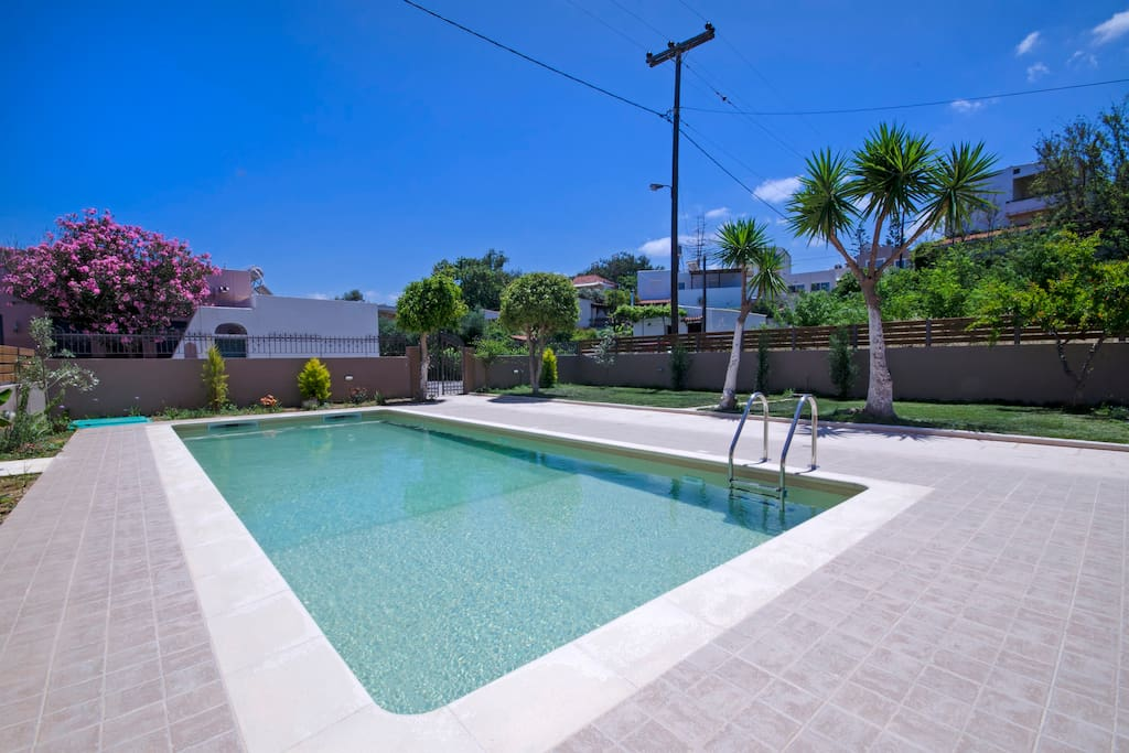 """""""The pool is very large, 10x4m, hence a great place to relax – many times you won't feel like leaving the house"""" Lilliana D"""