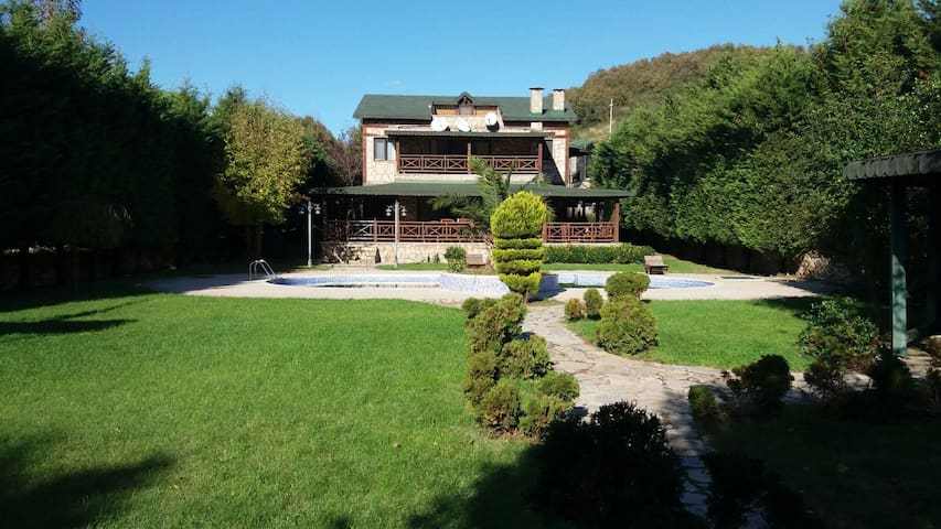 Polonezköy'de Kiralık Villa