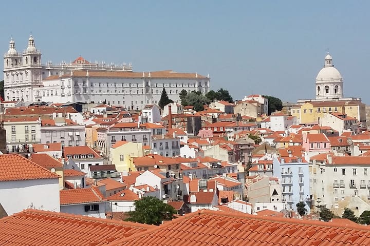 Stay In Alfama - Walk everywhere - Free transfer - Lisboa - Daire