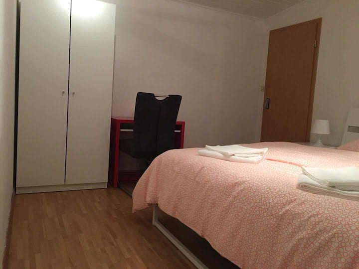 (Strassen Room)舒适房间202