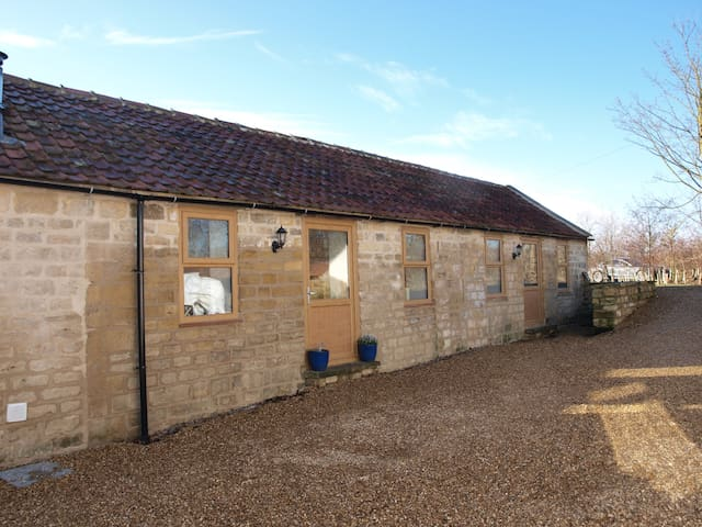 The Cow Shed,Sandbeck Farm,Wetherby - West Yorkshire - House