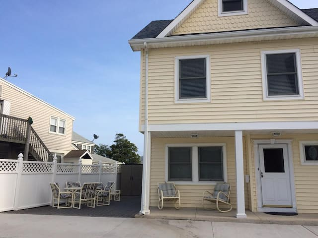 Families & Retirees - IDEAL New Jersey Shore House
