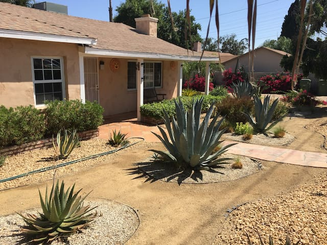 3 Bedroom & 2 Bath Great Home away from Home