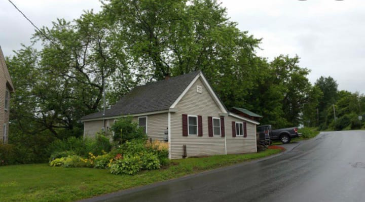 Lyndonville Cottage