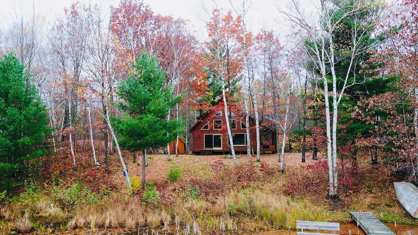 *NEW LISTING*Family Getaway at Two Bear Lake Cabin