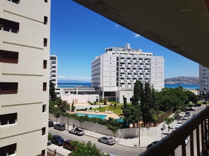 Super appartement en plein centre avec vue sur mer