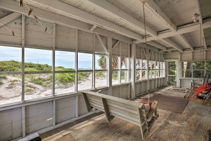 Beachfront Edisto Island Townhome w/Screened Porch