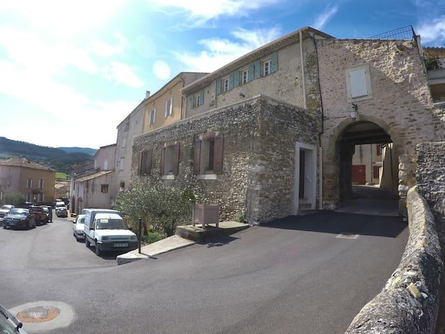 Petit Portail - Sablet - Apartemen