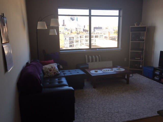 Luxury Top-Floor Apartment w View - Richmond - Byt