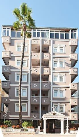 triana hotel antalya
