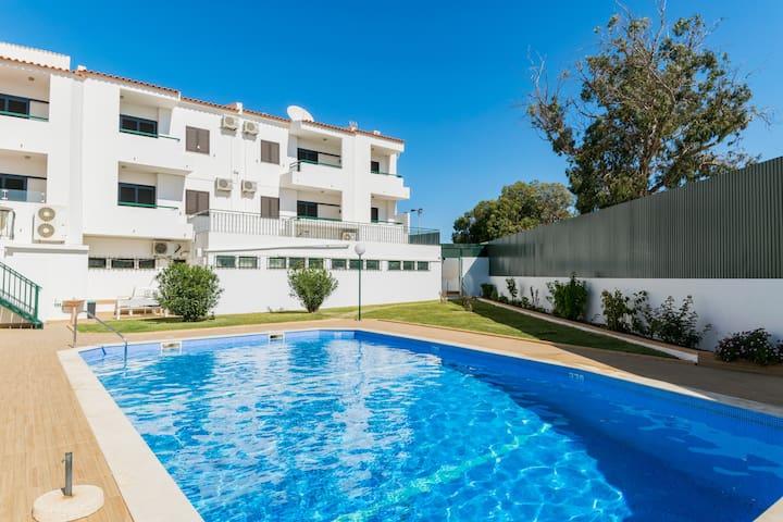 Cisco Bronze Apartment, Oura, Albufeira