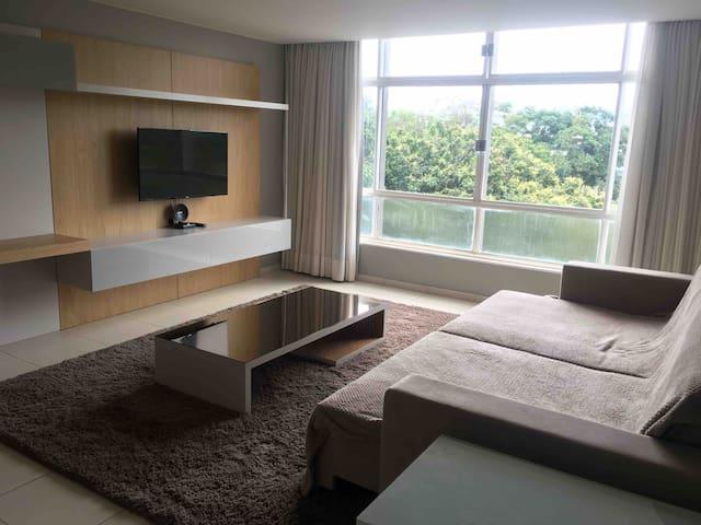 Amplo apartamento na Asa Norte
