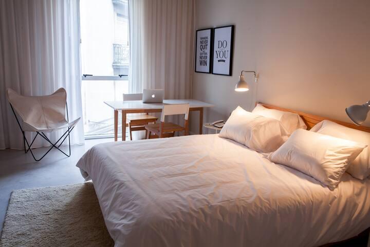 Bright & Spacious Apartment in Buenos Aires