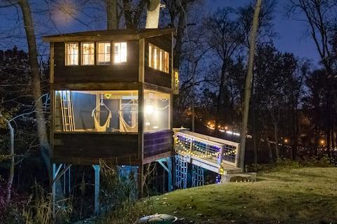 Trailside Treehouse - Riverside in Richmond, VA