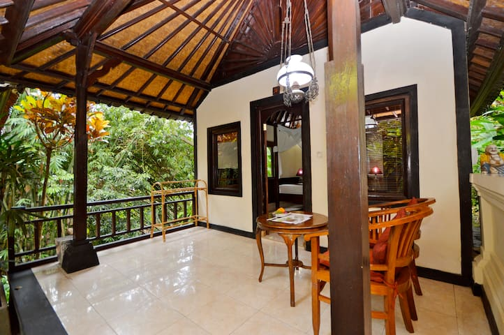 Lovely Air Con Cottage @ Sama's Cottages&Villas