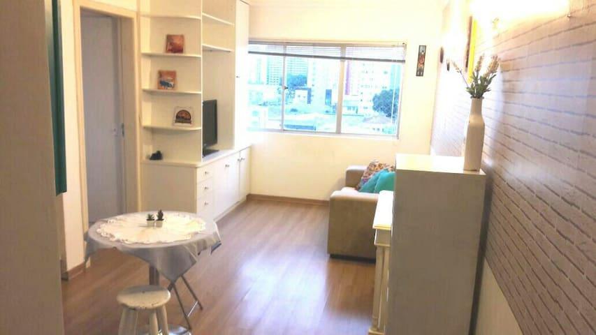 Charmoso Apartamento no Centro - Curitiba - Apartment