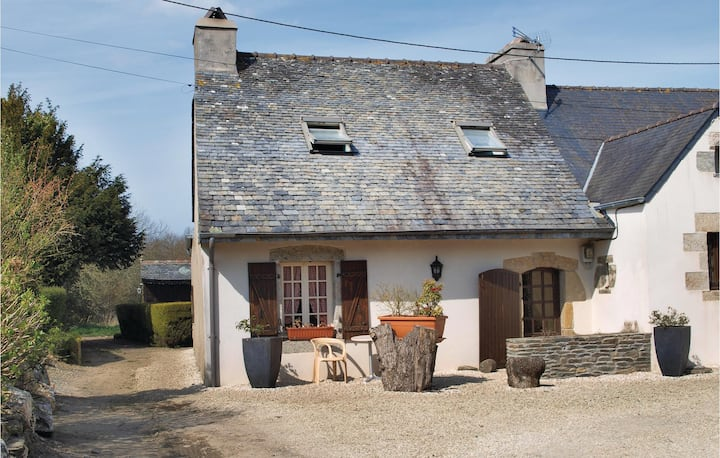 Nice home in Garlan with WiFi and 2 Bedrooms