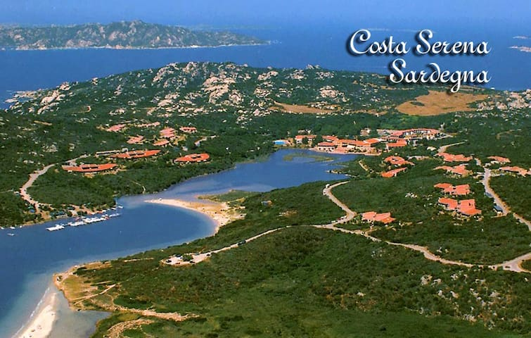 Amazing apartment facing the sea in Costa Smeralda