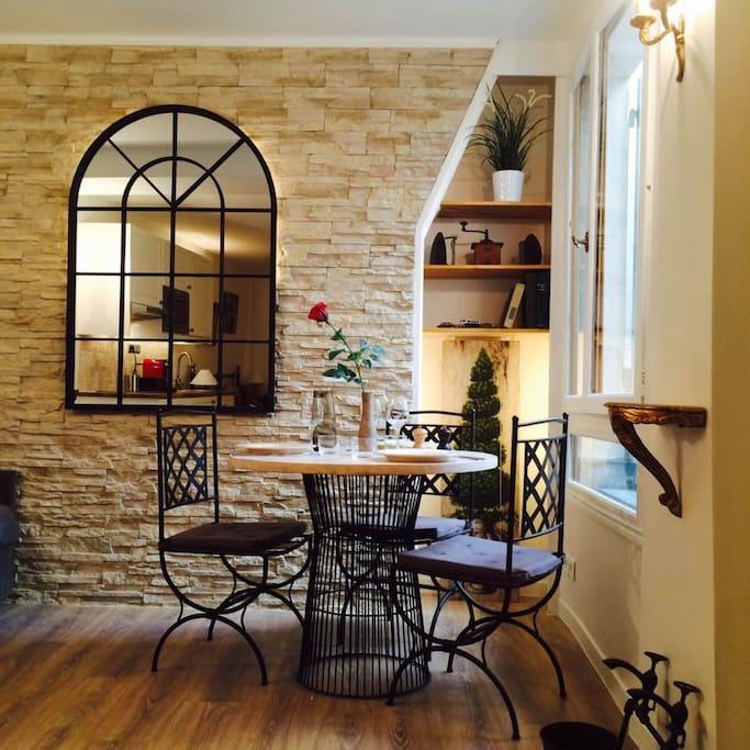 Sweet dinning corner
