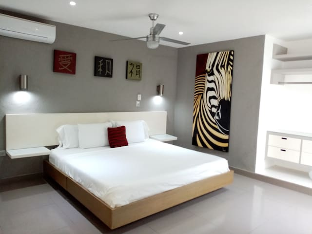 CEIBA APARTMENT Private Access+GATED PARKING(65m2)