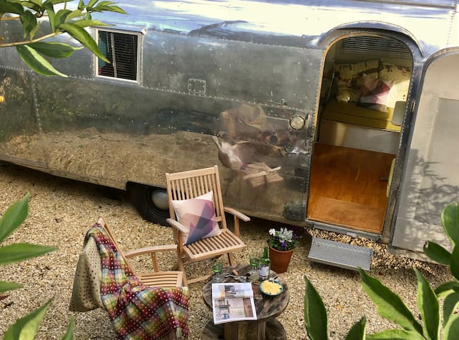 Chic and shiny Airstream experience