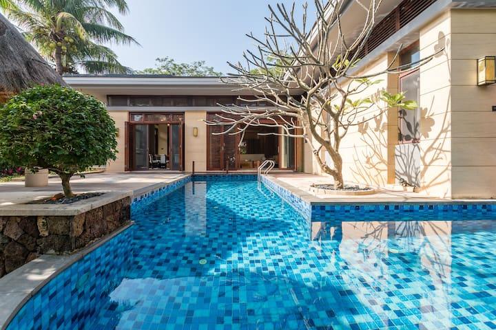 海棠湾私家泳池海景大两居别墅