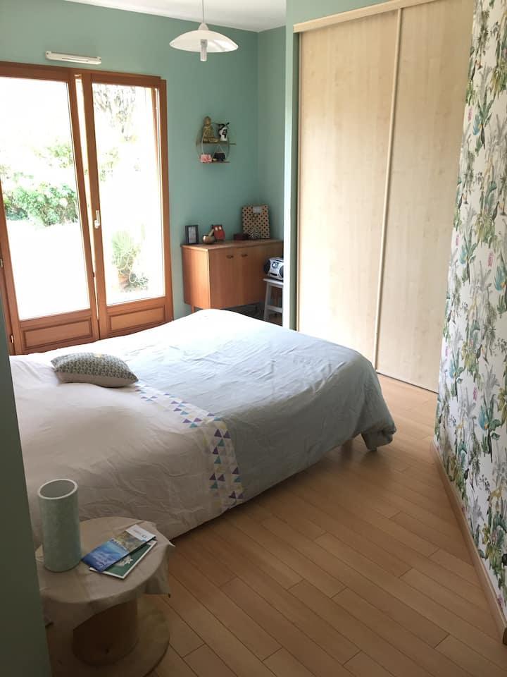 Jolie chambre confortable chez particuliers