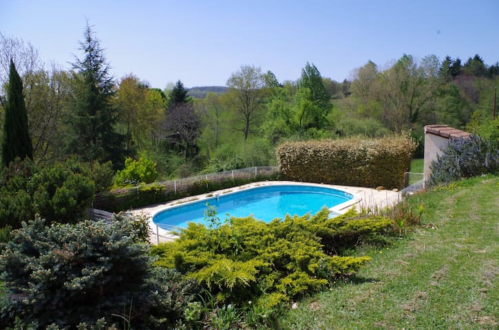 Suite - revitalizing oasis with beautiful view - Montbrun-Bocage - Apartmán pro hosty