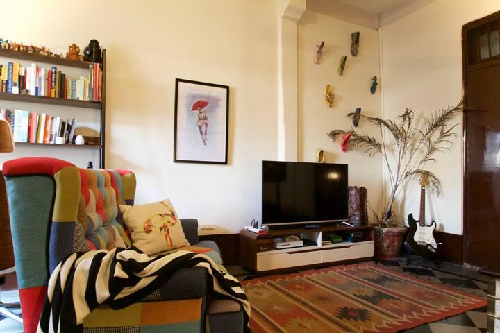 Stylish Studio in Historic Ballard Estate
