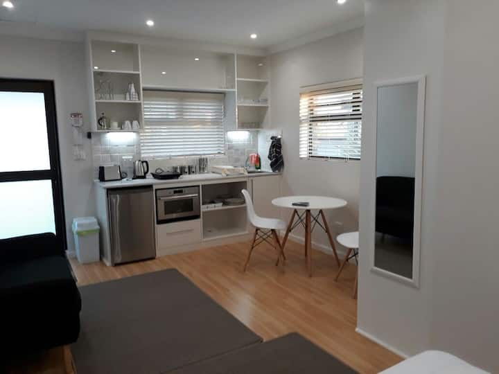 Apartment for rent close to Stellenbosch BusSchool