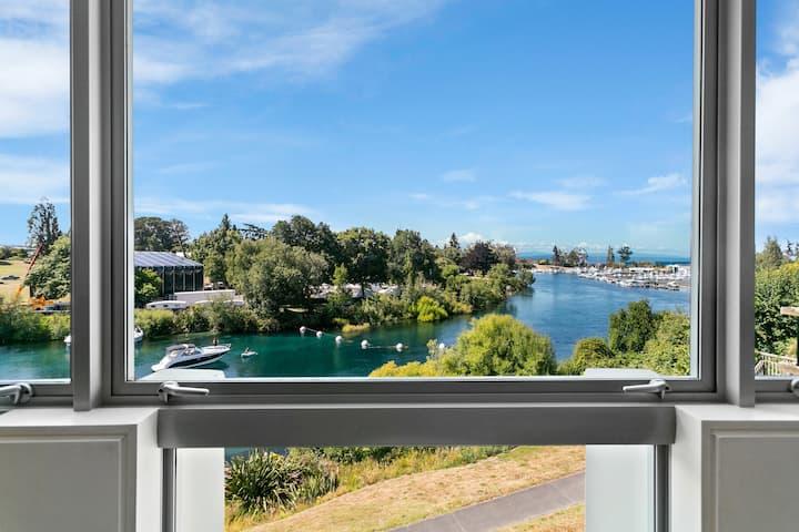 Luxury Taupo Apartment