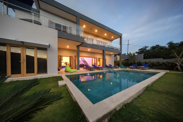 Villa K Lombok - modern luxury tropical villa