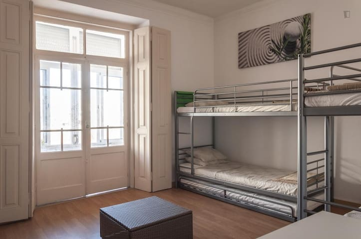 Bed in a 8 Mixed dorm - shared WC