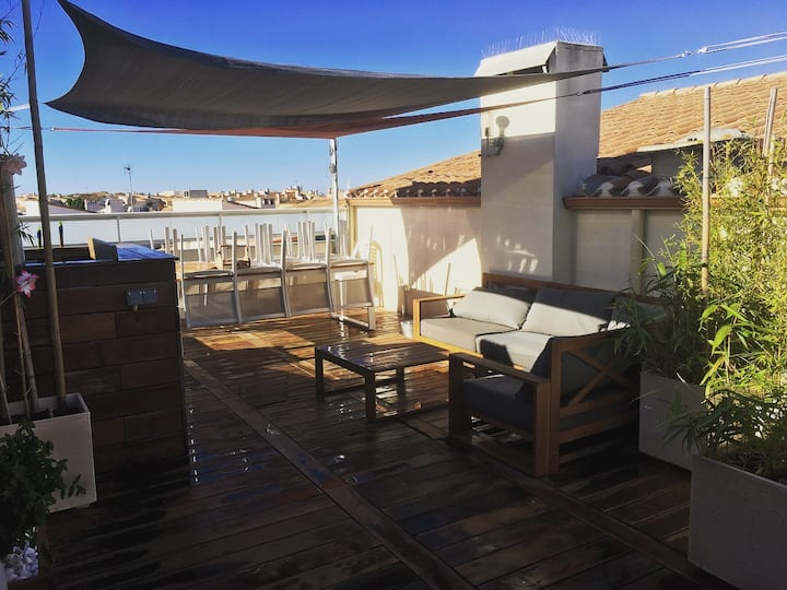 T4 Duplex centre-port/terrasse/wifi/parking/clim